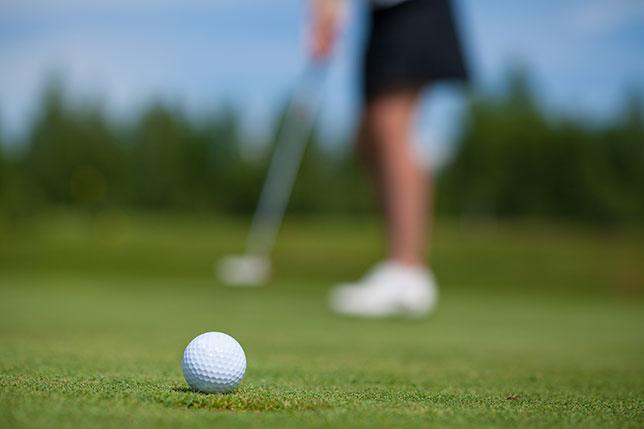 ゴルフ初心者に必要な道具はボール