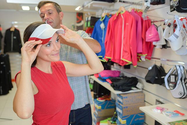 ゴルフ初心者に必要な帽子