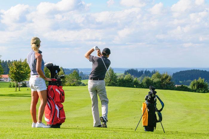 ゴルフ初心者が準備すべき道具8つ