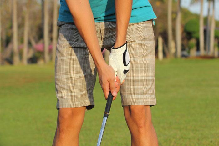 グリップ 握り 方 ゴルフ