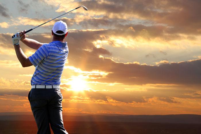 ゴルフ初心者がより上達するスイング練習方法を紹介