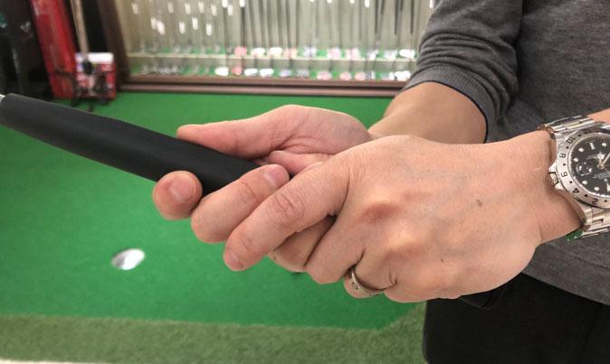 ゴルフ初心者にオススメのパターグリップの握り方