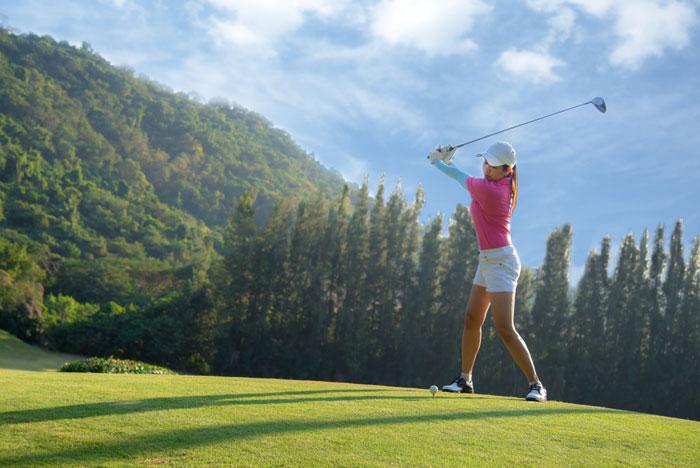 ゴルフ初心者にとってグリップの握り方が重要な理由