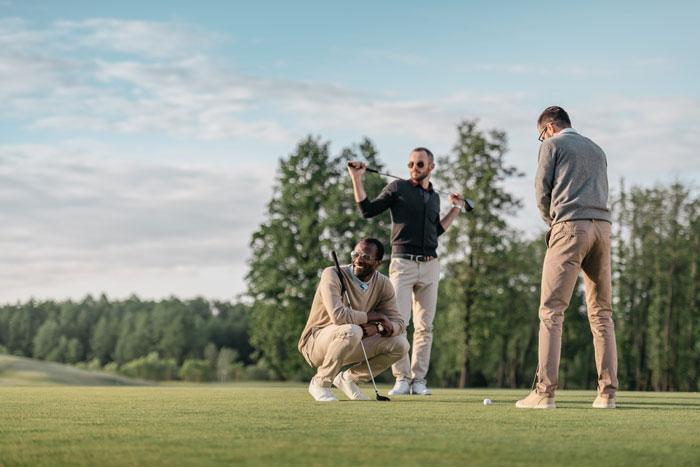 ゴルフ初心者のコースデビューのポイント3つ