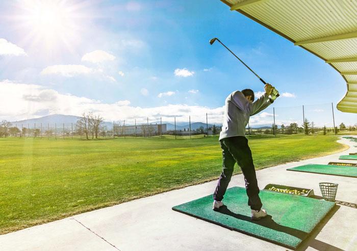ゴルフ練習場の打ちっぱなしで気をつけたい注意点2つ