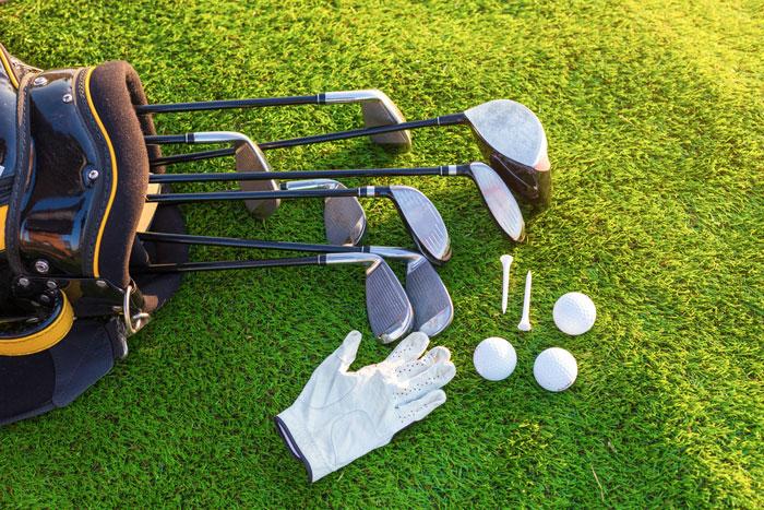 ゴルフ初心者がコースデビューする際の必要道具