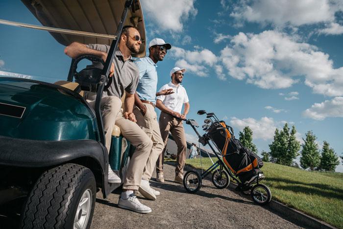ゴルフ初心者必見の服装以外の基本マナー