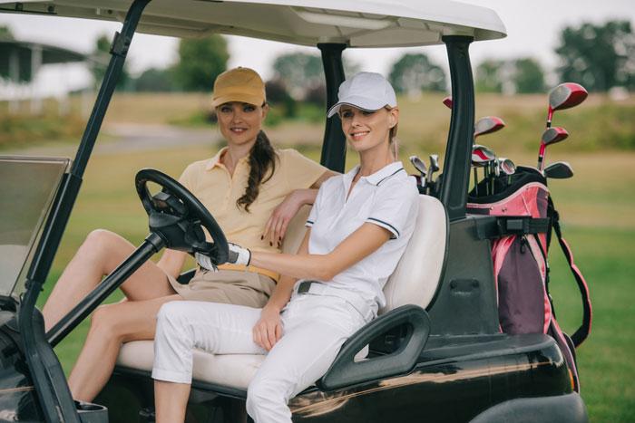 ゴルフ初心者の夏・冬の服装について
