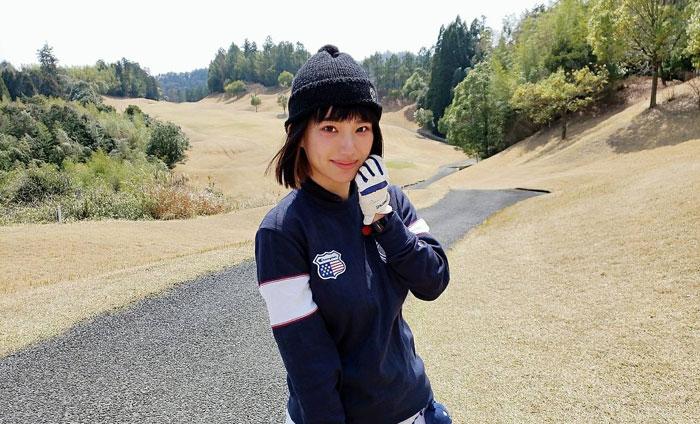 ゴルフリッチの女子コラムである保坂玲奈