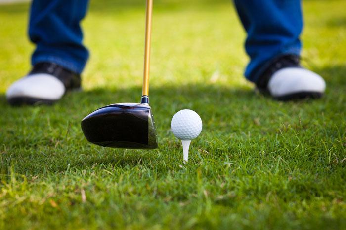 ゴルフのドライバーでよくあるスライスとは
