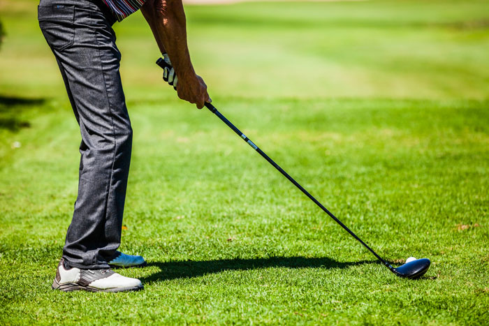 ゴルフドライバーがスライスする原因
