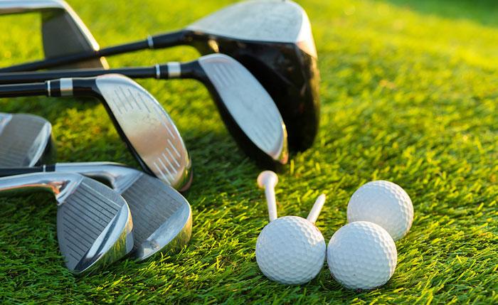 ゴルフラウンドに必要な持ち物を紹介