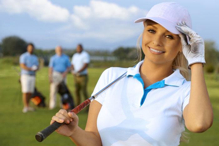 【女性のマナー】接待ゴルフでは小分けのお菓子を用意しよう!