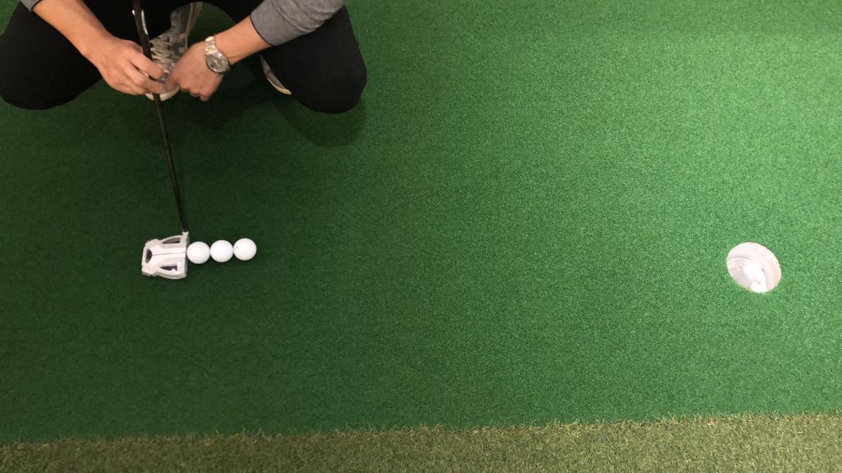 パターでゴルフカップに上手く入れる注意点