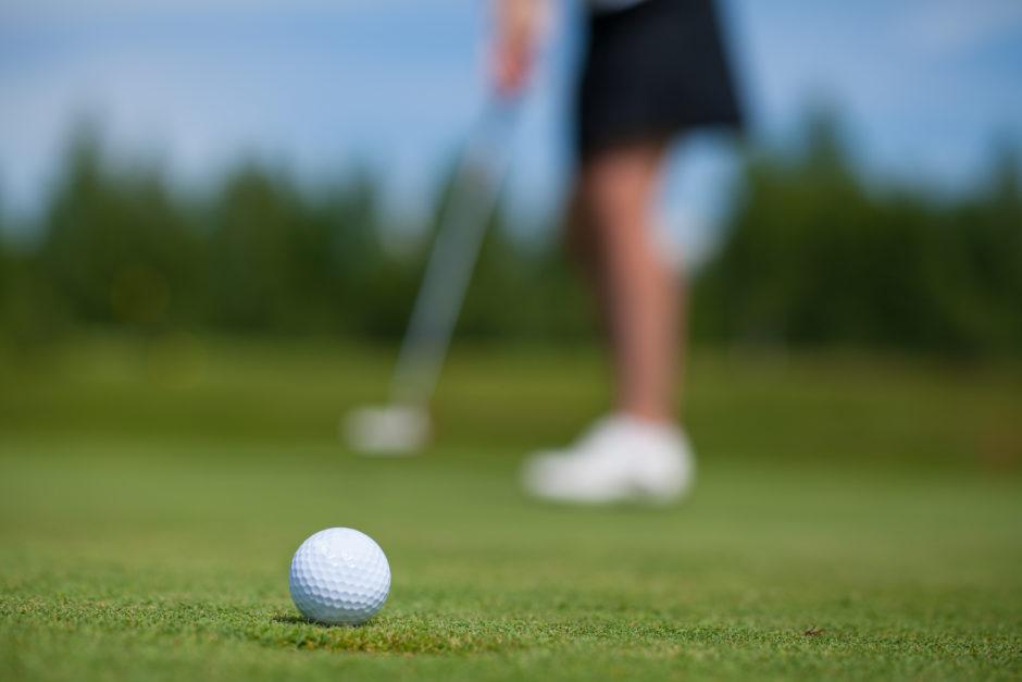 ゴルフで超重要なパターの打ち方を初心者向きに解説