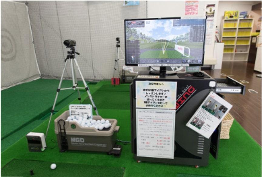 サンクチュアリゴルフスクールのインドアレッスンの様子3